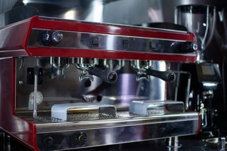 Top 15 Best Espresso Machines with Built-In Grinders in 2020